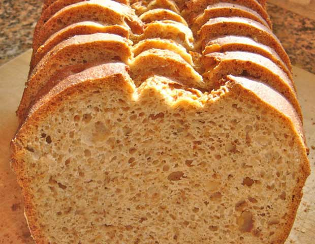 gluten-free-walnut-bread