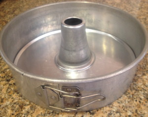 Springform pan with insert